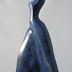 sculpture en bronze - femme debout fine et elancee - Jane